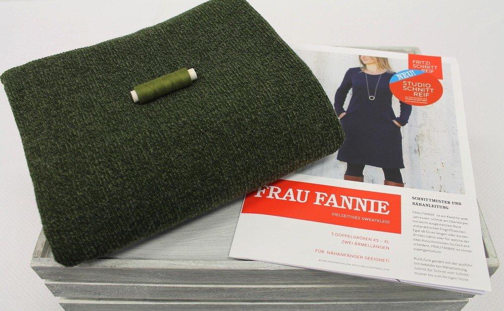 MeineNähkiste - Kleid Frau Fannie Strick Oliv | Nähset | Nähbox